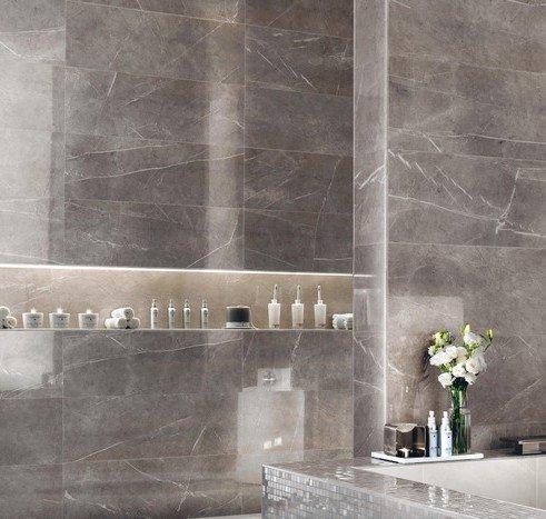 piastrelle effetto marmo grigio