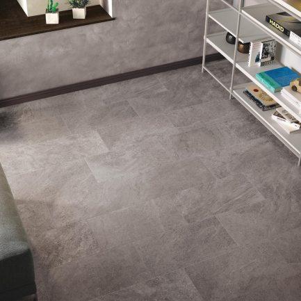 pavimento effetto pietra grigio