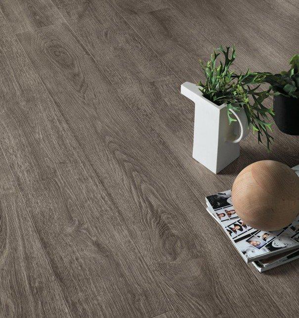 pavimento effetto legno rovere